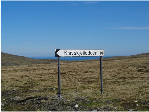 zjazd na parking w kierunku Knivskjellodden