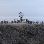 Globus na Nordkapp 70 stopni 10 minut 21 sekund  N